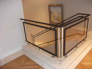Treppengeländer beziehen